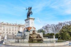 Μνημείο του Philip IV Plaza de Oriente στη Μαδρίτη Στοκ Εικόνα