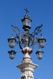 Μνημειακό εκλεκτής ποιότητας Lamppost Στοκ Φωτογραφία