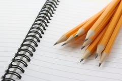 μολύβια κίτρινα στοκ εικόνα