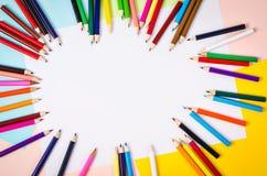 Μολύβια χρώματος με το κενό διάστημα Στοκ εικόνα με δικαίωμα ελεύθερης χρήσης
