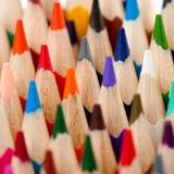 μολύβια χρώματος που τίθ&epsilo Στοκ Φωτογραφία