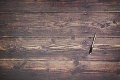 Μολύβι στον ξύλινο πίνακα στοκ φωτογραφία