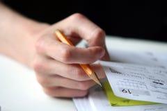 μολύβι s χεριών κοριτσιών Στοκ εικόνα με δικαίωμα ελεύθερης χρήσης