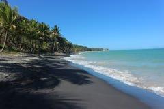 Μοναδική μαύρη παραλία άμμου - Βραζιλία στοκ φωτογραφία με δικαίωμα ελεύθερης χρήσης