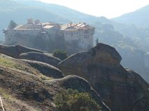 Μοναστήρι Clifftop, Meteora, Ελλάδα Στοκ εικόνες με δικαίωμα ελεύθερης χρήσης