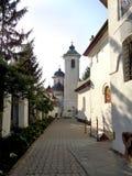 Μοναστήρι hodos-Bodrog - άποψη από το προαύλιο του μοναστηριού Στοκ εικόνες με δικαίωμα ελεύθερης χρήσης