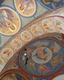 Μοναστήρι hodos-Bodrog - mural ζωγραφική λεπτομέρειας πορτών εισόδων υπόγειων θαλάμων Στοκ φωτογραφία με δικαίωμα ελεύθερης χρήσης