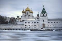Μοναστήρι Ipatievsky σε Kostroma Στοκ εικόνες με δικαίωμα ελεύθερης χρήσης