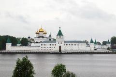 Μοναστήρι Ipatievsky, Kostroma, Ρωσία στοκ εικόνα με δικαίωμα ελεύθερης χρήσης