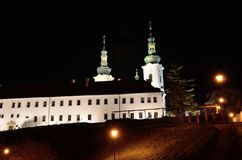 Μοναστήρι Strahov στην Πράγα τή νύχτα Στοκ φωτογραφία με δικαίωμα ελεύθερης χρήσης