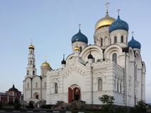 Μοναστήρι Ugreshsky Nikolo το εργοστάσιο 1824 καθεδρικών ναών που ιδρύεται σημαίνει nevyansk τη pyatiprestolny μεταμόρφωση πετρών Στοκ φωτογραφία με δικαίωμα ελεύθερης χρήσης
