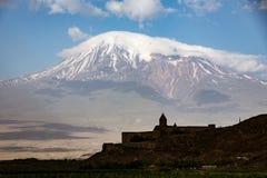 Μοναστήρι Virap Khor που βλέπει με την ΑΜ Ararat Στοκ εικόνα με δικαίωμα ελεύθερης χρήσης