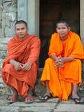 Μοναχοί σε Angkor Wat, Καμπότζη Στοκ Εικόνα