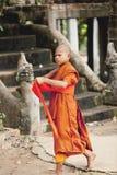 Μοναχοί στο Angkor Wat Στοκ φωτογραφία με δικαίωμα ελεύθερης χρήσης