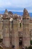 Μοναδικοί γεωλογικοί σχηματισμοί σε Cappadocia, κεντρική Ανατολία, TU Στοκ Εικόνες