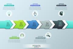 Μοναδικό infographic πρότυπο σχεδίου, 5 πολύχρωμα επικαλύπτοντας βέλη με την ένδειξη έτους ελεύθερη απεικόνιση δικαιώματος