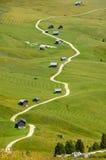 μονοπάτι βουνών καλυβών Στοκ εικόνα με δικαίωμα ελεύθερης χρήσης