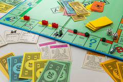 Μονοπωλιακό επιτραπέζιο παιχνίδι στο παιχνίδι Στοκ φωτογραφίες με δικαίωμα ελεύθερης χρήσης