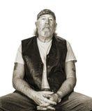 Σκληρός παλαιός τύπος που φορά ένα badana Στοκ Εικόνες