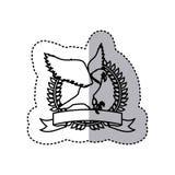 μονοχρωματικό περίγραμμα αυτοκόλλητων ετικεττών με τον αετό που πετά στο στρογγυλό πλαίσιο πέρα από την κορδέλλα Στοκ φωτογραφία με δικαίωμα ελεύθερης χρήσης