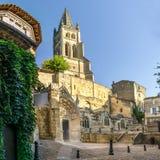 Μονολιθικός πύργος εκκλησιών και κουδουνιών Αγίου Emilion Στοκ φωτογραφίες με δικαίωμα ελεύθερης χρήσης