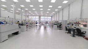 Μοντάρισμα και pre-assembly επιφάνειας εργαστηρίων ηλεκτρονική βιομηχανία απόθεμα βίντεο