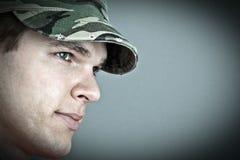 μοντέλο μόδας στρατού ΚΑΠ Στοκ Εικόνες