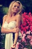 μοντέλο μόδας φορεμάτων στράπλες Στοκ Εικόνες
