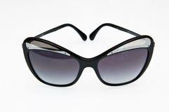 Μοντέρνα μαύρα γυαλιά ηλίου Στοκ φωτογραφίες με δικαίωμα ελεύθερης χρήσης