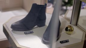 Μοντέρνες μπότες γυναικών ` s απόθεμα βίντεο