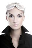 μοντέρνη γυναίκα γυαλιών ηλίου Στοκ Εικόνες