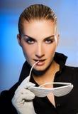 μοντέρνη γυναίκα γυαλιών η& Στοκ φωτογραφία με δικαίωμα ελεύθερης χρήσης