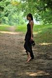 μοντέρνη υπαίθρια γυναίκα Στοκ εικόνες με δικαίωμα ελεύθερης χρήσης