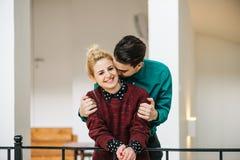 Μοντέρνο ζεύγος ερωτευμένο Στοκ Εικόνες