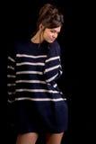 Μοντέλο μόδας στο Μαύρο Στοκ Φωτογραφίες