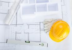 Μοντέλο σπιτιών στο σχεδιάγραμμα στοκ φωτογραφία με δικαίωμα ελεύθερης χρήσης