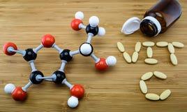Μοριακή δομή βιταμίνης C στοκ εικόνες