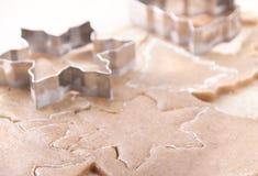 Μορφές για τα τέμνοντα μπισκότα ζύμης Στοκ Εικόνες