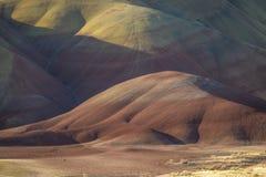 Μορφές ερήμων και χρώματα, χρωματισμένοι λόφοι, Όρεγκον Στοκ εικόνα με δικαίωμα ελεύθερης χρήσης
