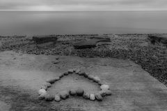 Μορφή καρδιών που γίνεται από τις πέτρες Στοκ Εικόνα