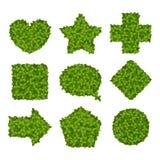 Μορφή καρδιών που καλύπτεται στα φύλλα Απεικόνιση αποθεμάτων