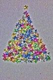 Μορφή χριστουγεννιάτικων δέντρων φιαγμένη από ζωηρόχρωμα αστέρια Φίλτρο Grunge που εφαρμόζεται Στοκ φωτογραφία με δικαίωμα ελεύθερης χρήσης