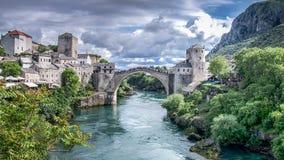 Μοστάρ, Βοσνία-Ερζεγοβίνη - 1 Μαΐου 2014: Stari η περισσότερη γέφυρα στο Μοστάρ Στοκ φωτογραφίες με δικαίωμα ελεύθερης χρήσης