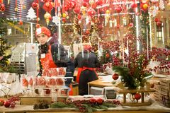 ΜΟΣΧΑ, ΡΩΣΙΑ, δίκαιος υπαίθριος Χριστουγέννων στη Μόσχα στοκ εικόνες