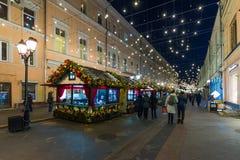 ΜΟΣΧΑ, ΡΩΣΙΑ - 10 Ιανουαρίου 2018 Το φεστιβάλ είναι ταξίδι στα Χριστούγεννα στην οδό Rozhdestvenka Στοκ Εικόνες