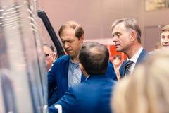 ΜΟΣΧΑ, ΡΩΣΙΑ - 23 ΜΑΐΟΥ 2015: Υπουργός της βιομηχανίας και του εμπορίου της Ρωσικής Ομοσπονδίας Denis Manturov στο HeliRussia 201 Στοκ εικόνα με δικαίωμα ελεύθερης χρήσης