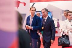 ΜΟΣΧΑ, ΡΩΣΙΑ - 23 ΜΑΐΟΥ 2015: Υπουργός της βιομηχανίας και του εμπορίου της Ρωσικής Ομοσπονδίας Denis Manturov στο HeliRussia 201 Στοκ Φωτογραφία