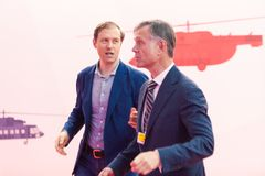 ΜΟΣΧΑ, ΡΩΣΙΑ - 23 ΜΑΐΟΥ 2015: Υπουργός της βιομηχανίας και του εμπορίου της Ρωσικής Ομοσπονδίας Denis Manturov στο HeliRussia 201 Στοκ εικόνες με δικαίωμα ελεύθερης χρήσης