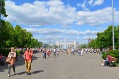 ΜΟΣΧΑ, ΡΩΣΙΑ - 26 06 2015 Πάρκο του Γκόρκυ - κεντρικό Στοκ Φωτογραφίες