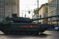 ΜΟΣΧΑ, ΡΩΣΙΑ ΤΟΝ ΑΠΡΊΛΙΟ ΤΟΥ 2019 Παρέλαση του στρατιωτικού εξοπλισμού προς τιμή την ημέρα νίκης στις οδούς της Μόσχας στοκ εικόνα με δικαίωμα ελεύθερης χρήσης